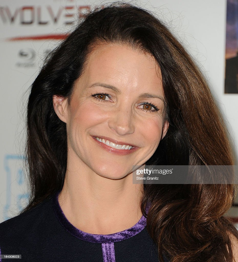 <a gi-track='captionPersonalityLinkClicked' href=/galleries/search?phrase=Kristin+Davis&family=editorial&specificpeople=202097 ng-click='$event.stopPropagation()'>Kristin Davis</a> arrives at the Hugh Jackman: One Night Only Benefiting The Motion Picture & Television Fund at Dolby Theatre on October 12, 2013 in Hollywood, California.