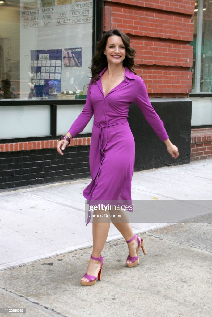 Kristin Davis Filming Maybelline Commercial in New York City - June 17, 2005