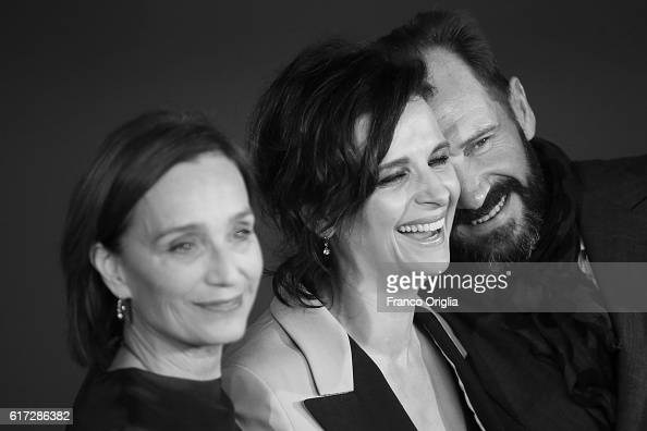 Kristin Scott Thomas Juliette Binoche and Ralph Fiennes walk a red carpet for 'The English Patient Il Paziente Inglese' during the 11th Rome Film...