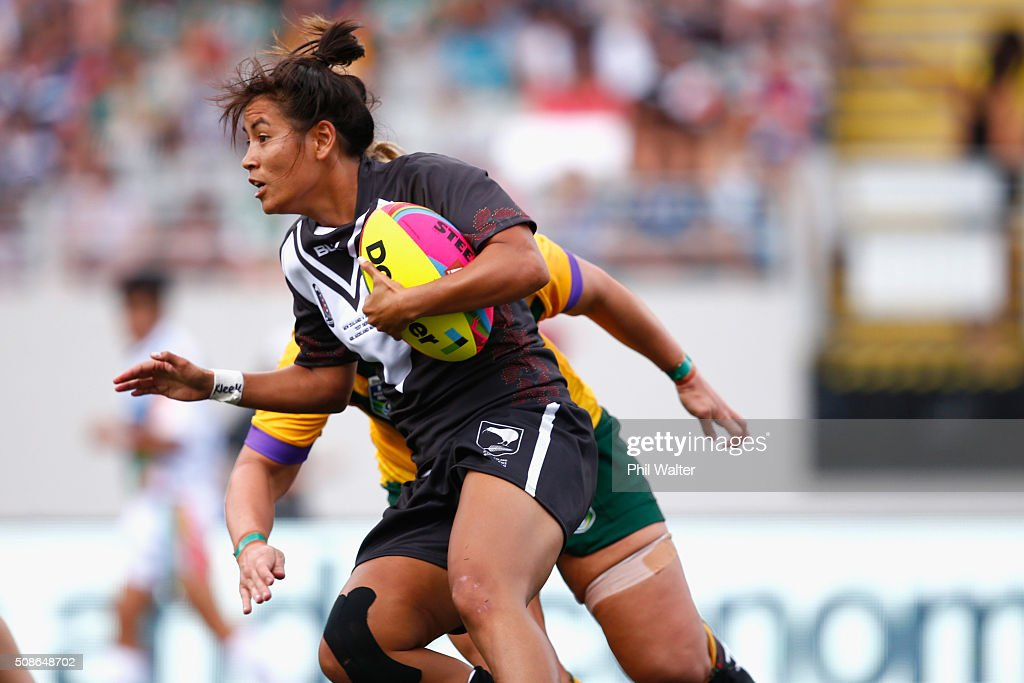 Kristina Sue of the New Zealand Ferns makes a run during the 2016 Auckland Nines match between the Australian Jillaroos and the New Zealand Ferns at Eden Park on February 6, 2016 in Auckland, New Zealand.