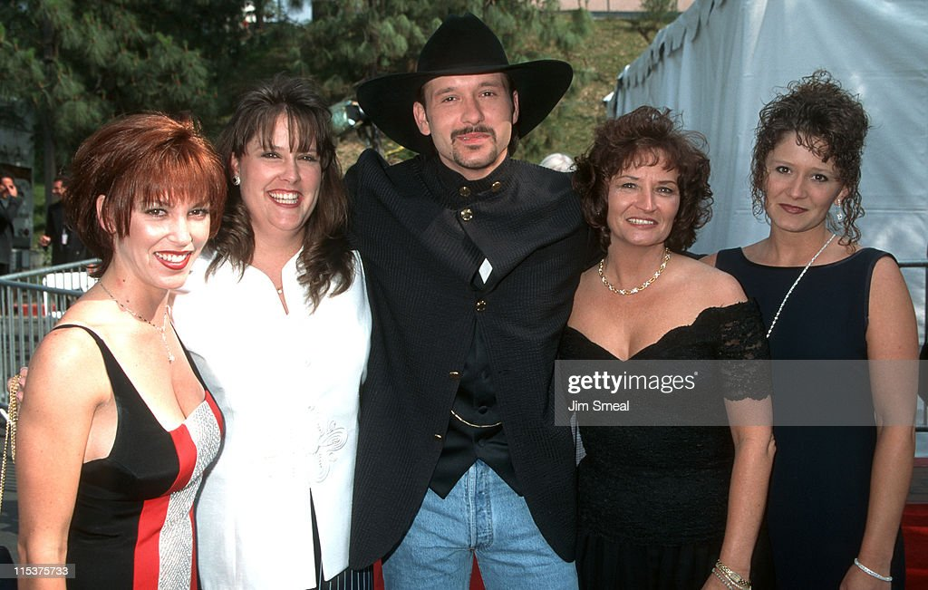 Kristine Donohue, <a gi-track='captionPersonalityLinkClicked' href=/galleries/search?phrase=Tim+McGraw&family=editorial&specificpeople=202845 ng-click='$event.stopPropagation()'>Tim McGraw</a>, mother, and sisters during 30th Annual Academy of Country Music Awards at Universal Amphitheatre in Universal City, California, United States.
