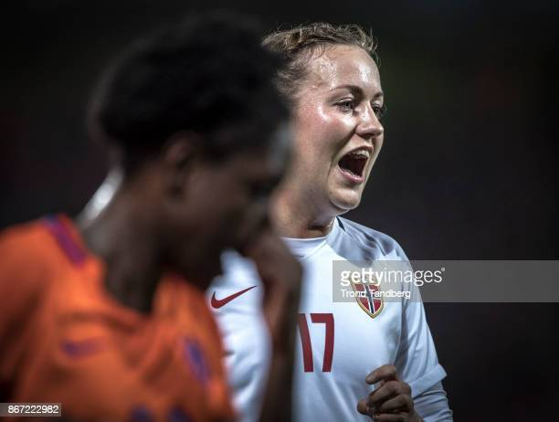 Kristine Minde of Norway Liza van der Most of Netherland during the FIFA 2018 World Cup Qualifier between Netherland and Norway at Noordlease Stadion...