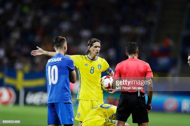 Kristoffer Olsson of Sweden discussing with the referee during the UEFA European Under21 match between Slovakia and Sweden at Arena Lublin on June 22...