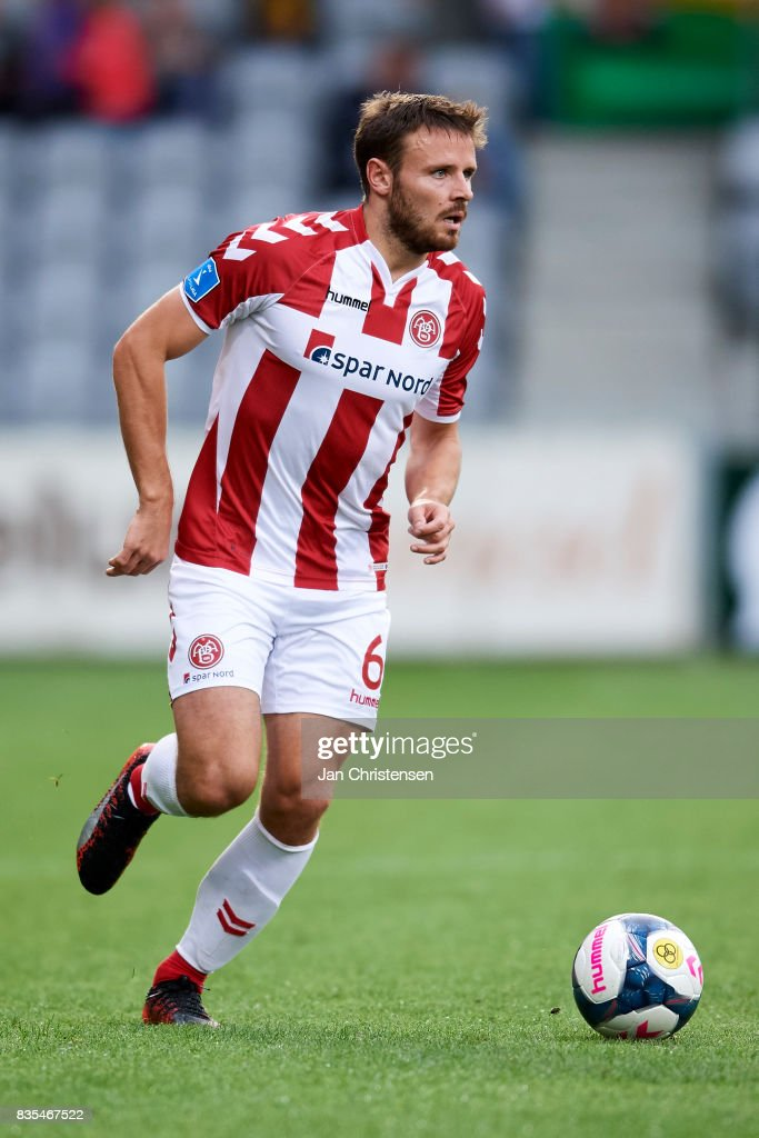 Kristoffer Pallesen of AaB Aalborg controls the ball during the Danish Alka Superliga match between AC Horsens and AaB Aalborg at Casa Arena Horsens on August 18, 2017 in Horsens, Denmark.
