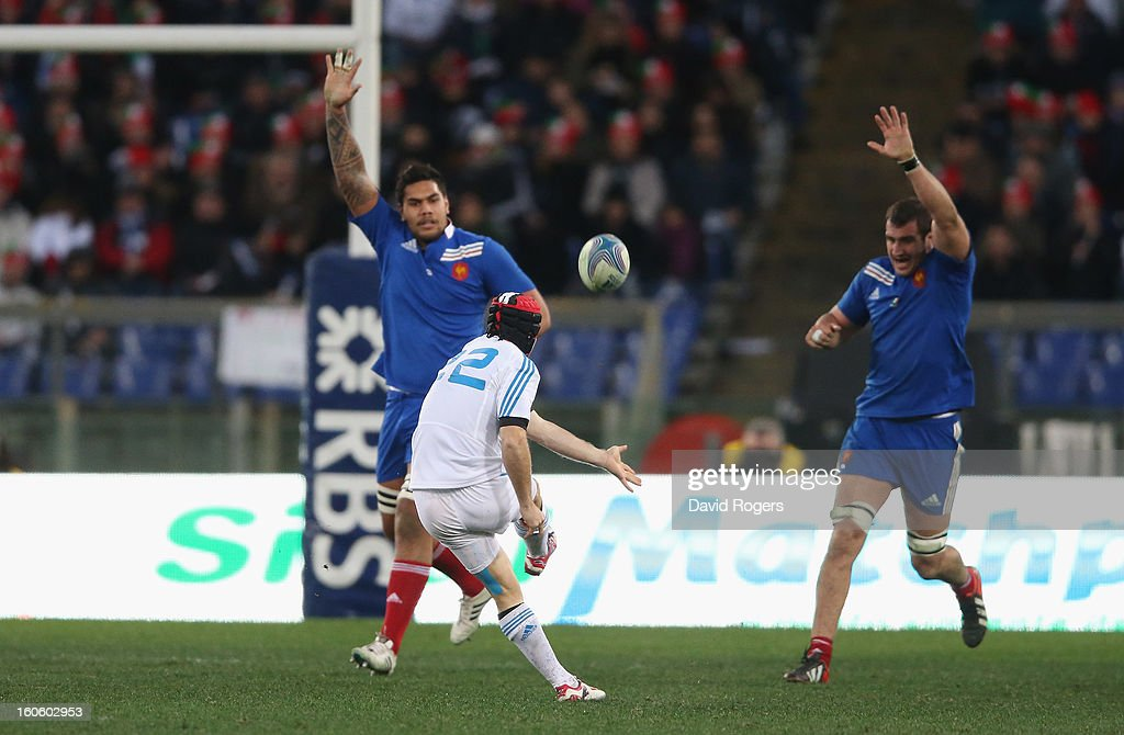 Kristopher Burton of Italy drops a goal during the RBS Six Nations match between Italy and France at Stadio Olimpico on February 3, 2013 in Rome, Italy.