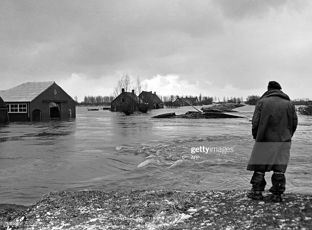 EDS NOTE CORRECTING TYPO Picture taken 1953 shows the big flood in the Kruiningen The ANP historichal archive has discovered 300 unpublished images...