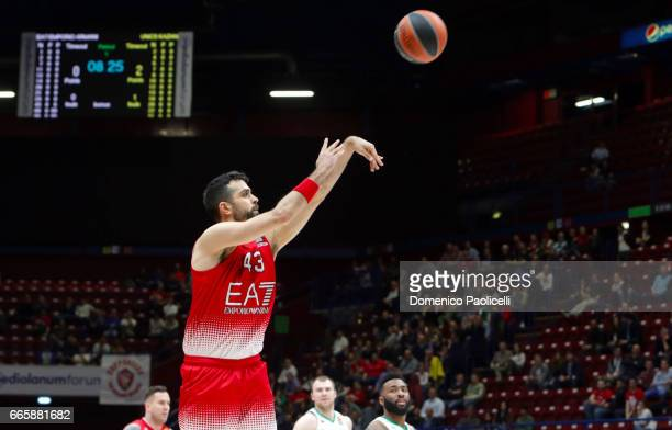 Krunoslav Simon #43 of EA7 Emporio Armani Milan in action during the 2016/2017 Turkish Airlines EuroLeague Regular Season Round 30 game between EA7...