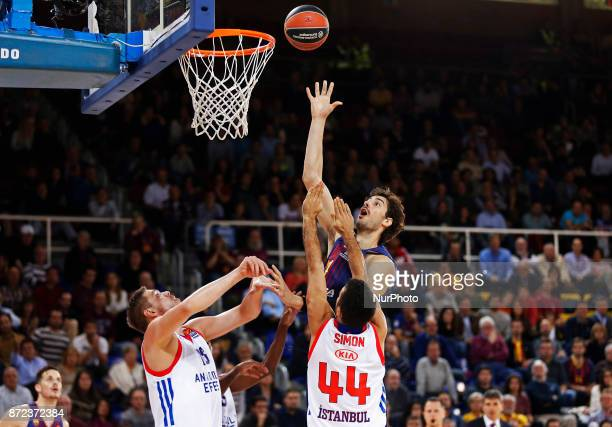 Krunoslav Simon and Ante Tomic during the match between FC Barcelona v Anadolou Efes corresponding to the week 6 of the basketball Euroleague in...