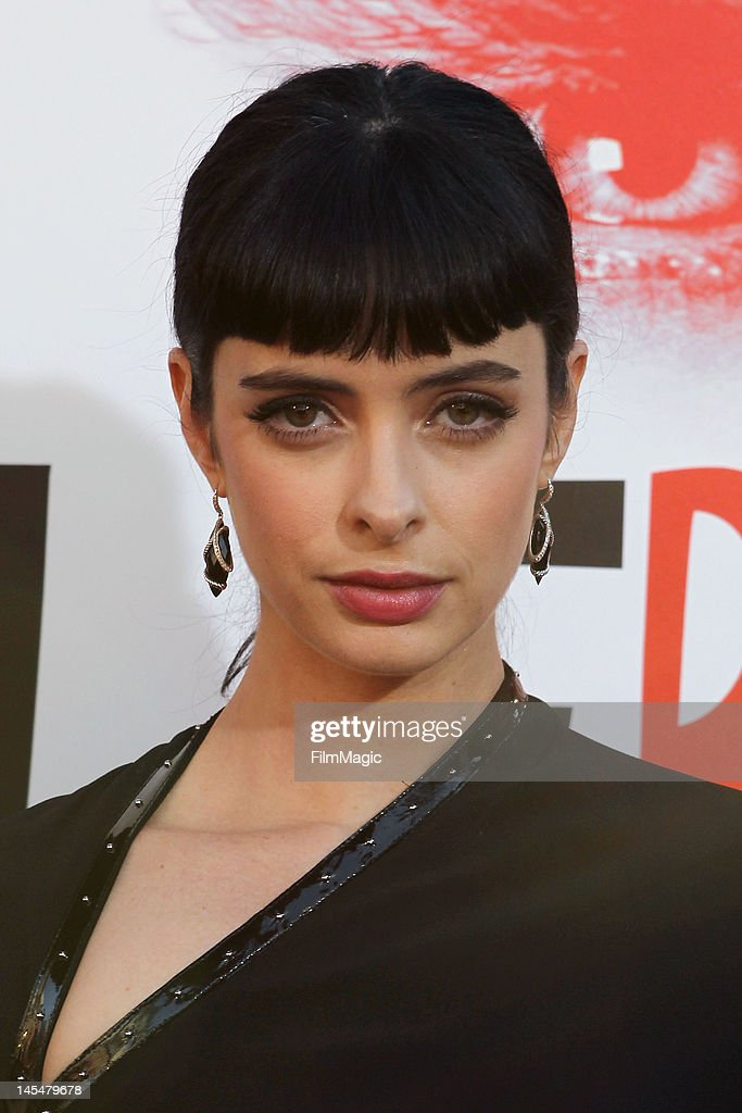 Krysten Ritter attends the Direct TV Winners At HBO's Season 5 Premiere Of 'True Blood' at ArcLight Cinemas Cinerama Dome on May 30, 2012 in Hollywood, California.