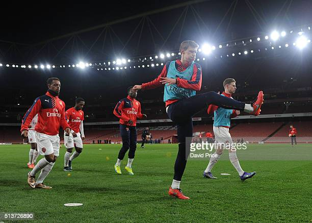 Krystian Bielik of Arsenal warms up before the match between Arsenal U18 and Liverpool U18 in the FA Youth Cup 6th round at Emirates Stadium on March...
