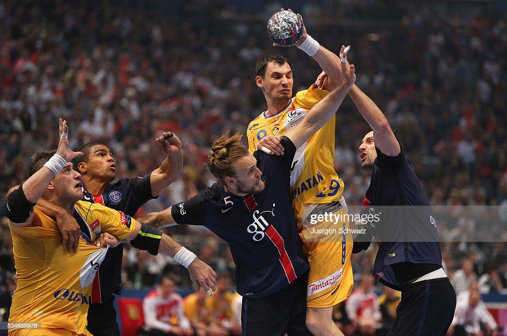 Krzysztof Lijewski of Kielce controls the ball during the first semifinal of the EHF Final4 between VS Tauron Kielce and Paris SaintGermain on May 28...