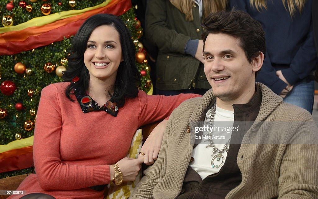 AMERICA - Ksty Perry and John Mayer visited Times Square to debut the world exclusive premiere of the music video Who You Love on GOOD MORNING AMERICA, 12/17/13, airing on the ABC Television Network. (Photo by Ida Mae Astute/ABC via Getty Images) KATY PERRY, JOHN MAYER
