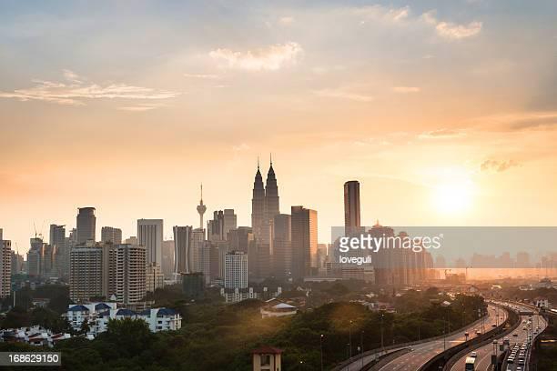 kuala Lumpur con puesta de sol
