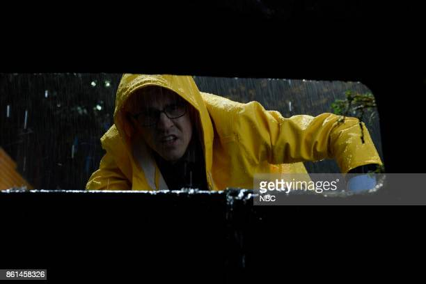 LIVE 'Kumail Nanjiani' Episode 1728 Pictured Alex Moffat as Anderson Cooper during 'Rainy Night' on Saturday October 14 2017