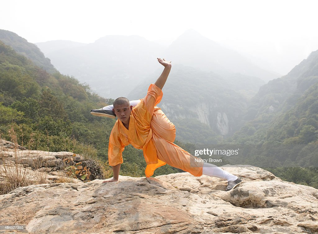 Kung Fu Expert on Song Mt near Shaolin Temple Chin