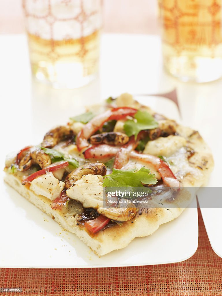 Kung pao chicken pizza : Bildbanksbilder