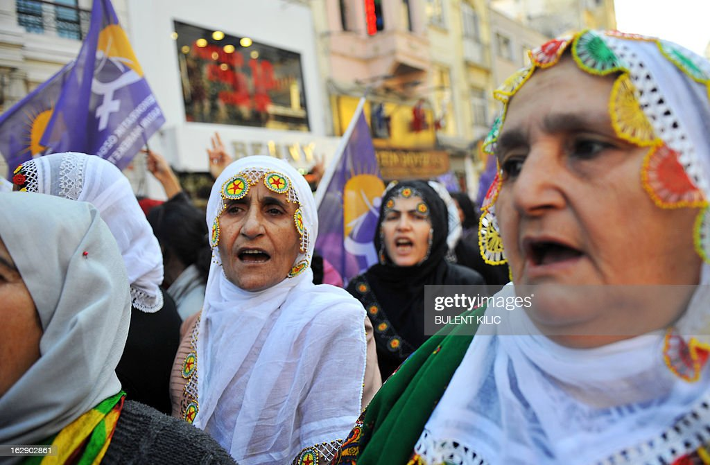 Kurdish women chant slogans as they gather in front of the French consulate in Istanbul to demonstrate on March 1, 2013 against the killings of three female Kurdish activists in France. The jailed leader of Kurdish rebels, Abdullah Ocalan, is set to call for a long-sought ceasefire on March 21, 2013, the day of the Kurdish new year, as part of a renewed push for peace with Ankara, officials said yesterday. AFP PHOTO/BULENT KILIC