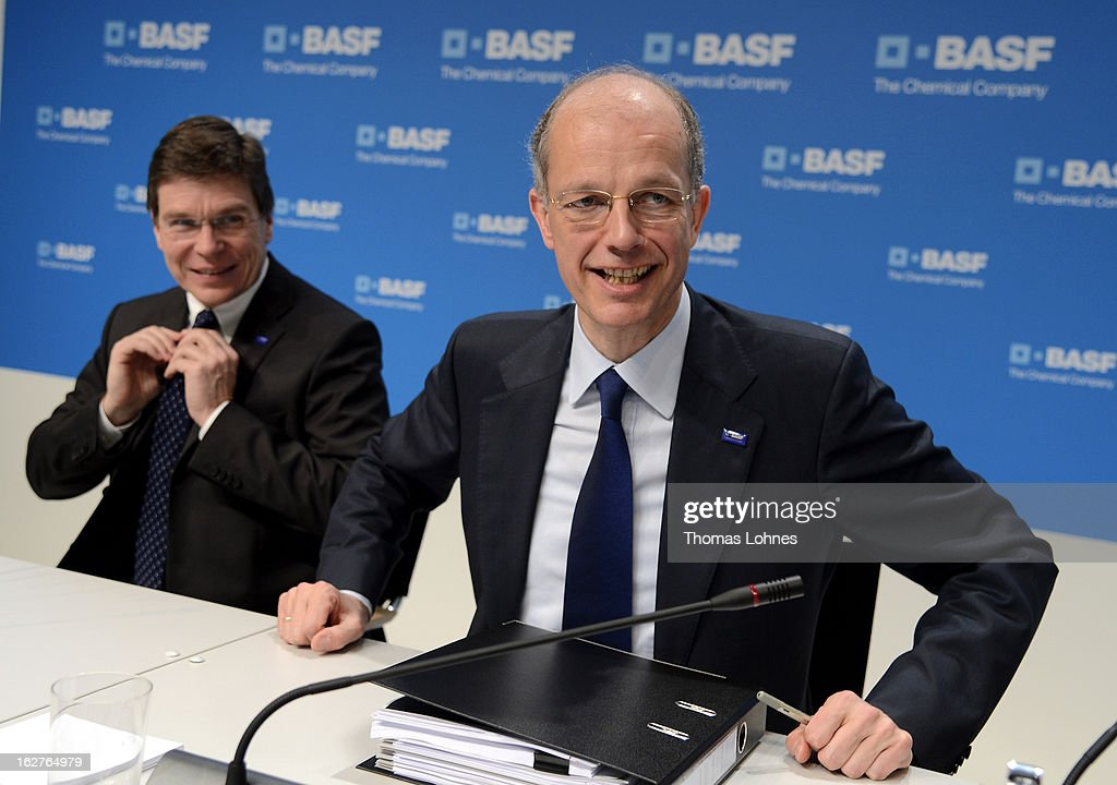 Kurt Bock (R), Chairman of the Board of Executive Directors at BASF SE, and Hans-Ulrich Engel (L), chief financial officer of BASF SE pause after the company's earnings news conference on February 26, 2013 in Ludwigshafen, Germany. BASF SE, the world's largest chemical company, has projected increased sales this year.