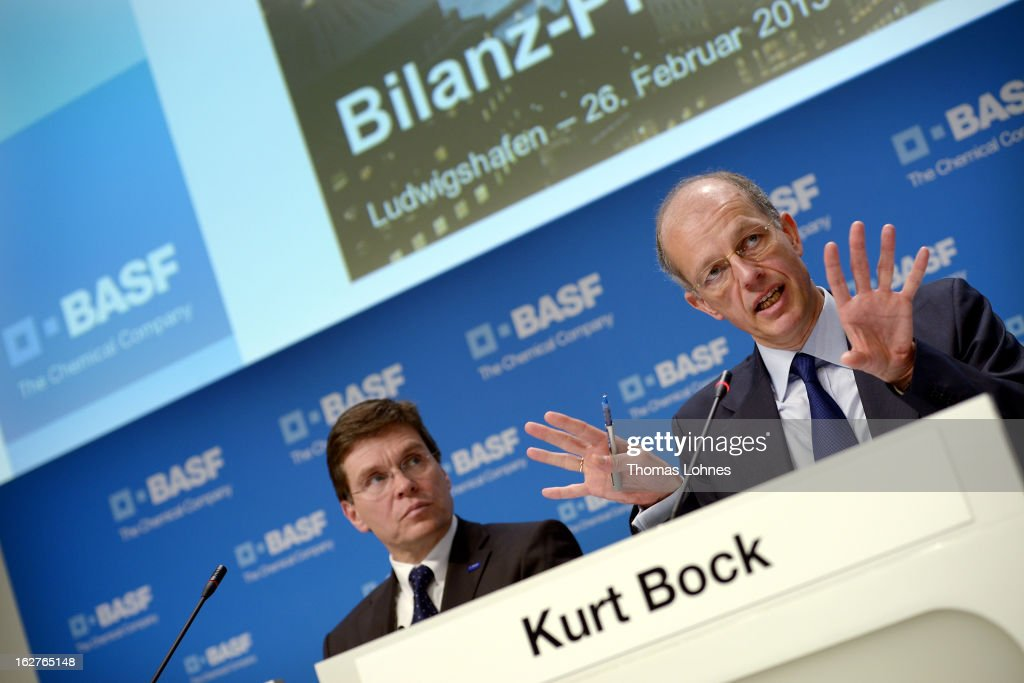 Kurt Bock (R), chief executive officer of BASF SE, speaks beside Hans-Ulrich Engel, chief financial officer of BASF SE, during the company's earnings news conference on February 26, 2013 in Ludwigshafen, Germany. BASF SE, the world's largest chemical company, has projected increased sales this year.