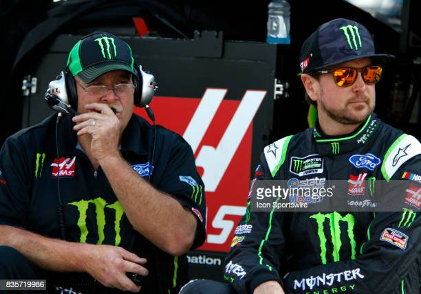 Kurt Busch StewartHaas Racing Monster Energy/Haas Automation Ford Fusion with crew chief Tony Gibson during practice for the Bass Pro Shop NRA 500 at...