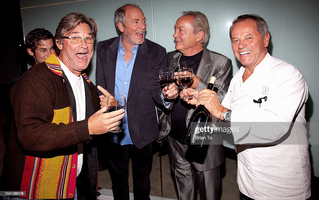 <a gi-track='captionPersonalityLinkClicked' href=/galleries/search?phrase=Kurt+Russell&family=editorial&specificpeople=206294 ng-click='$event.stopPropagation()'>Kurt Russell</a>, <a gi-track='captionPersonalityLinkClicked' href=/galleries/search?phrase=Greg+Gorman&family=editorial&specificpeople=3034832 ng-click='$event.stopPropagation()'>Greg Gorman</a>, Udo Kier and <a gi-track='captionPersonalityLinkClicked' href=/galleries/search?phrase=Wolfgang+Puck&family=editorial&specificpeople=157523 ng-click='$event.stopPropagation()'>Wolfgang Puck</a> toast wine at the opening night reception of '<a gi-track='captionPersonalityLinkClicked' href=/galleries/search?phrase=Greg+Gorman&family=editorial&specificpeople=3034832 ng-click='$event.stopPropagation()'>Greg Gorman</a>: A Distinctive Vision 1970-2010' at Pacific Design Center on September 15, 2010 in West Hollywood, California.