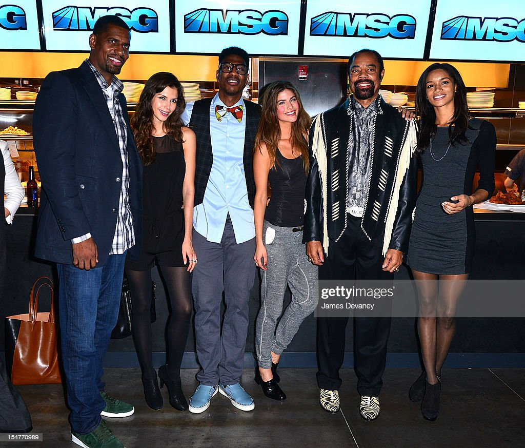Kurt Thomas, Alejandra Cata, Iman Shumpert, Eleni Tsavousis, Clyde Frazier and Tarah Rodgers attend MSG Network's 'Knicks Season Roundtable' at Clyde Frazier's Wine and Dine on October 25, 2012 in New York City.