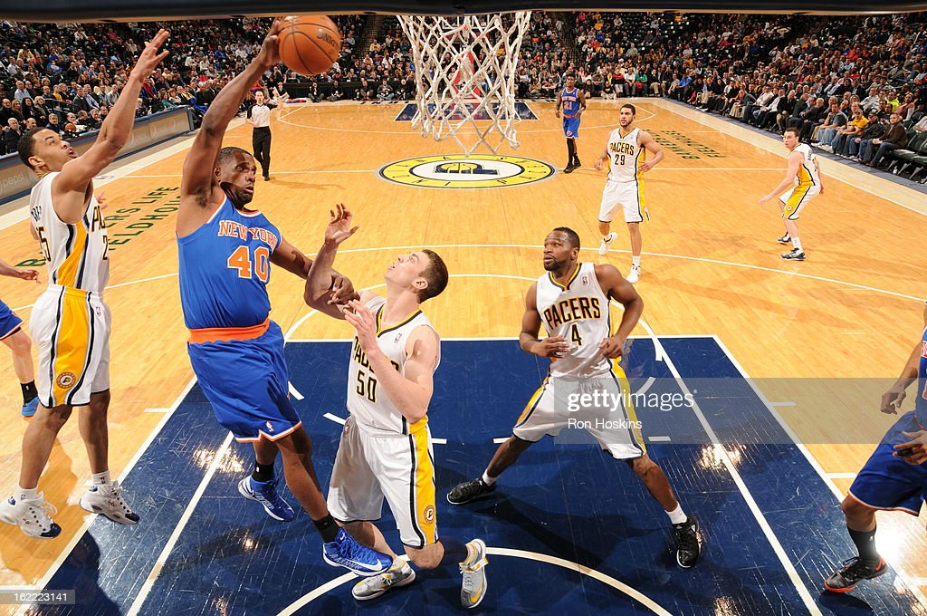Kurt Thomas #40 of the New York Knicks goes to the basket during the game between the Indiana Pacers and the New York Knicks on February 20, 2013 at Bankers Life Fieldhouse in Indianapolis, Indiana.