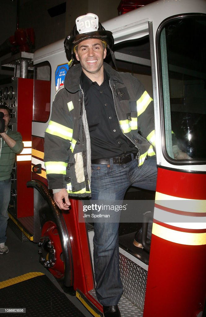 Kurt Warner attends Duracell's Power Those Who Protect Us campaign launch at the FDNY Fire Zone on January 31, 2011 in New York City.