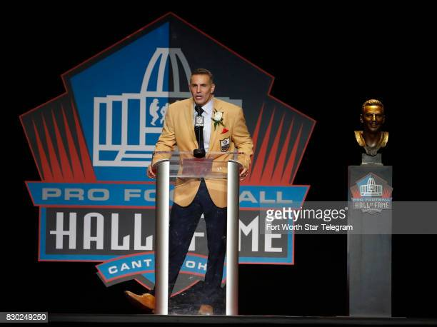 Kurt Warner begins his Hall of Fame acceptance speech The 2017 NFL Hall of Fame class including Dallas Cowboys owner Jerry Jones and former TCU...