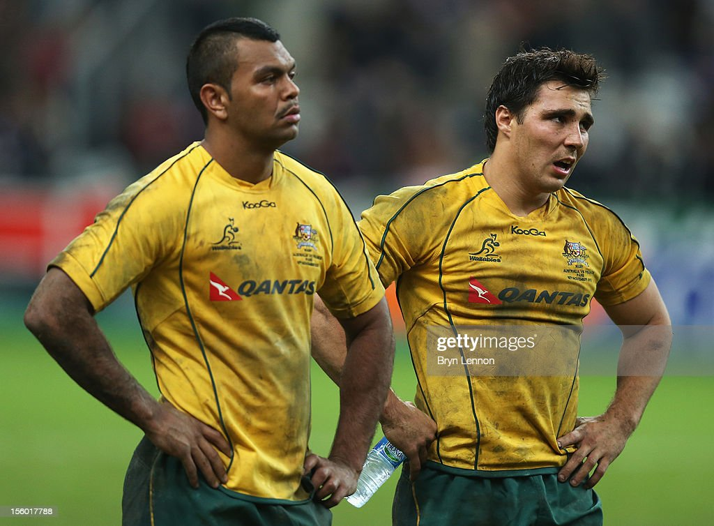 Kurtley Beale (l) and Nick Phipps of Australia show their dejection after losing the Autumn International match between France and Australia at Stade de France on November 10, 2012 in Paris, France.