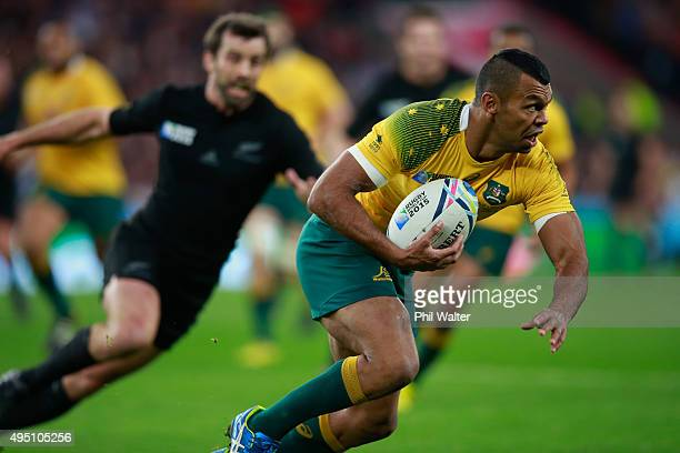 Kurtley Beale of Australia in action during the 2015 Rugby World Cup Final match between New Zealand and Australia at Twickenham Stadium on October...