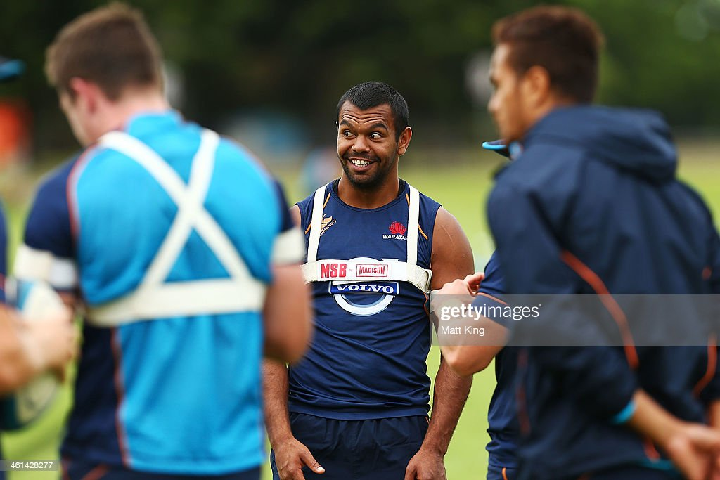 <a gi-track='captionPersonalityLinkClicked' href=/galleries/search?phrase=Kurtley+Beale&family=editorial&specificpeople=3020818 ng-click='$event.stopPropagation()'>Kurtley Beale</a> smiles during a Waratahs Super Rugby training sesssion at Moore Park on January 9, 2014 in Sydney, Australia.