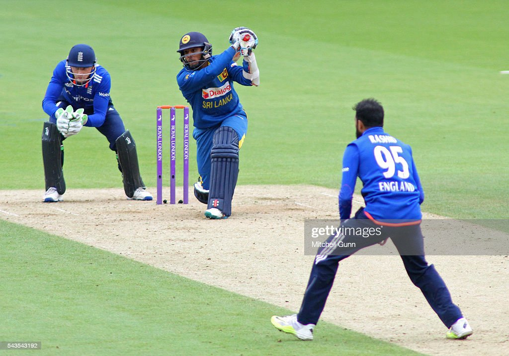 Kusal Mendis of Sri Lanka hits the ball for four runs off the bowling of <a gi-track='captionPersonalityLinkClicked' href=/galleries/search?phrase=Adil+Rashid&family=editorial&specificpeople=870228 ng-click='$event.stopPropagation()'>Adil Rashid</a> of England during the 4th Royal London One-Day International between England and Sri Lanka at The Kia Oval Cricket Ground on June 29, 2016 in London, England.