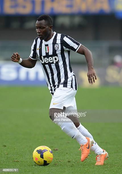 Kwadwo Asamoah of Juventus runs with the ball during the Serie A match between Hellas Verona FC and Juventus at Stadio Marc'Antonio Bentegodi on...