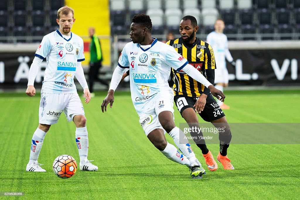 Kwame Bonsu of Gefle IF and Rene Makondele of BK Hacken competes for the ball during the Allsvenskan match between BK Hacken and Gefle IF at Bravida Arena on April 28, 2016 in Gothenburg, Sweden.
