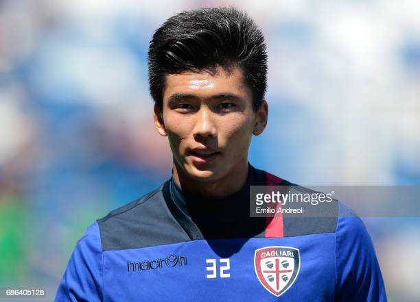 Kwang Song Han of Cagliari Calcio looks on before the Serie A match between US Sassuolo and Cagliari Calcio at Mapei Stadium Citta' del Tricolore on...