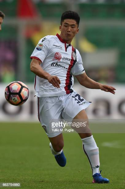 Kwang Song Han of Cagliari in action during the Serie A match between US Citta di Palermo and Cagliari Calcio at Stadio Renzo Barbera on April 2 2017...