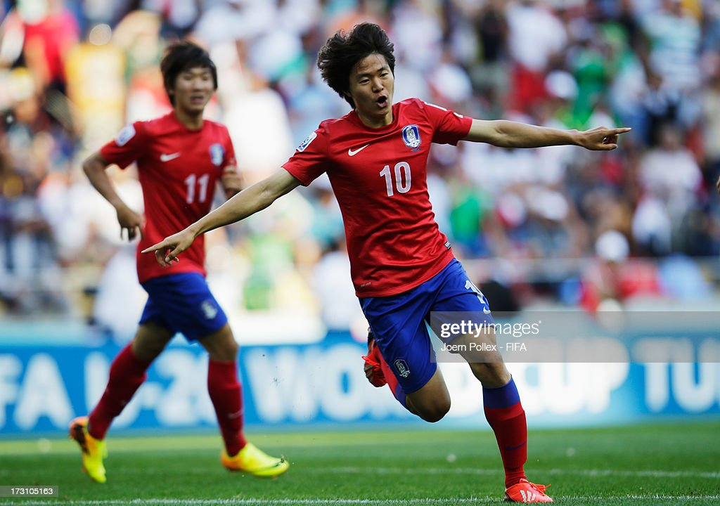Kwon Changhoon of Korea Republic celebrates after scoring his team's first goal during the FIFA U20 World Cup Quarter Final match between Iraq and...