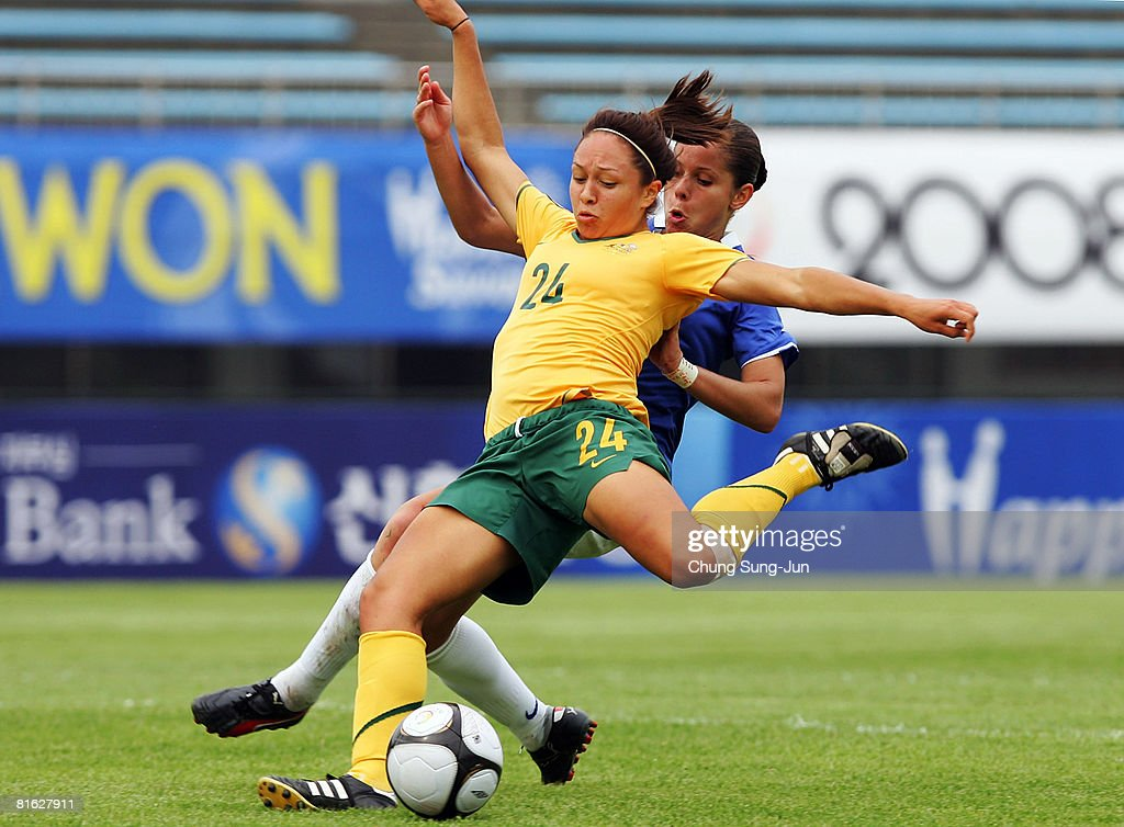 Kyah Simon of Australia is challenged by Erika Santos of Brazil during the 2008 Queen Peace Cup match between Australia and Brazil at the Suwon...