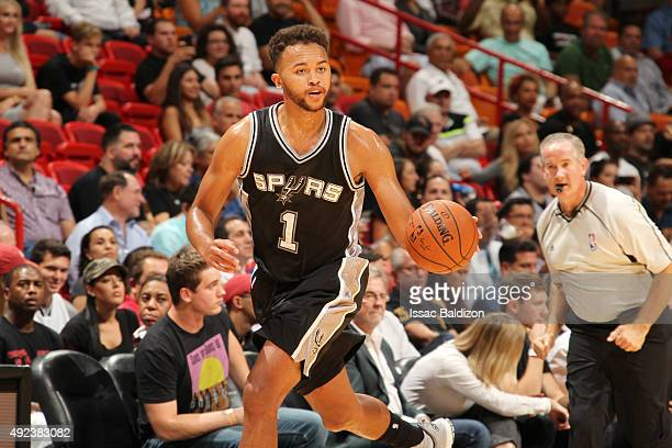 Kyle Anderson of the San Antonio Spurs drives to the basket against the Miami Heat during a preseason game on October 12 2015 at AmericanAirlines...