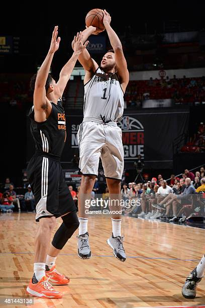 Kyle Anderson of the San Antonio Spurs shoots against the Phoenix Suns during the Las Vegas Summer League Championship on July 20 2015 at the Thomas...