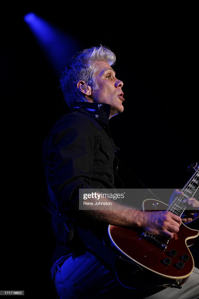 Kyle Cook, lead guitar of the 90s band Matchbox Twenty plays the Ontario Place to a sold out crowd.