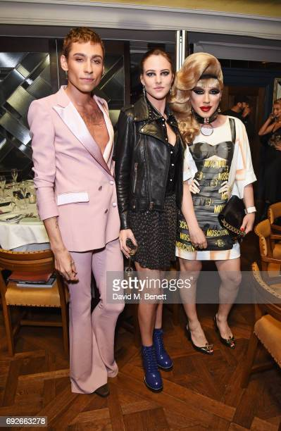 Kyle De'Volle Eliza Cummings and Jodie Harsh attend the Wonderland Summer Issue dinner hosted by Madison Beer at The Ivy Soho Brasserie on June 5...