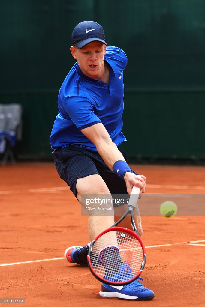 <a gi-track='captionPersonalityLinkClicked' href=/galleries/search?phrase=Kyle+Edmund&family=editorial&specificpeople=7070090 ng-click='$event.stopPropagation()'>Kyle Edmund</a> of Great Britain plays a forehand during the Men's Singles second round match against John Isner of the United States on day four of the 2016 French Open at Roland Garros on May 25, 2016 in Paris, France.
