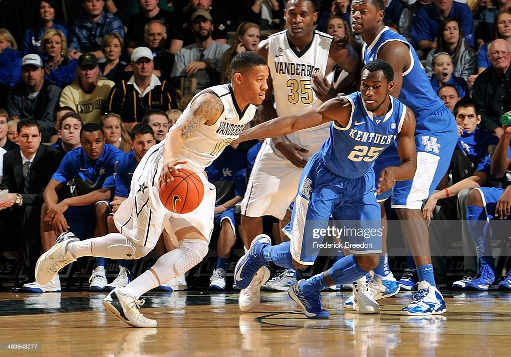 Kyle Fuller #11 of the Vanderbilt Commodores plays against the Kentucky Wildcats at Memorial Gym on January 11, 2014 in Nashville, Tennessee.