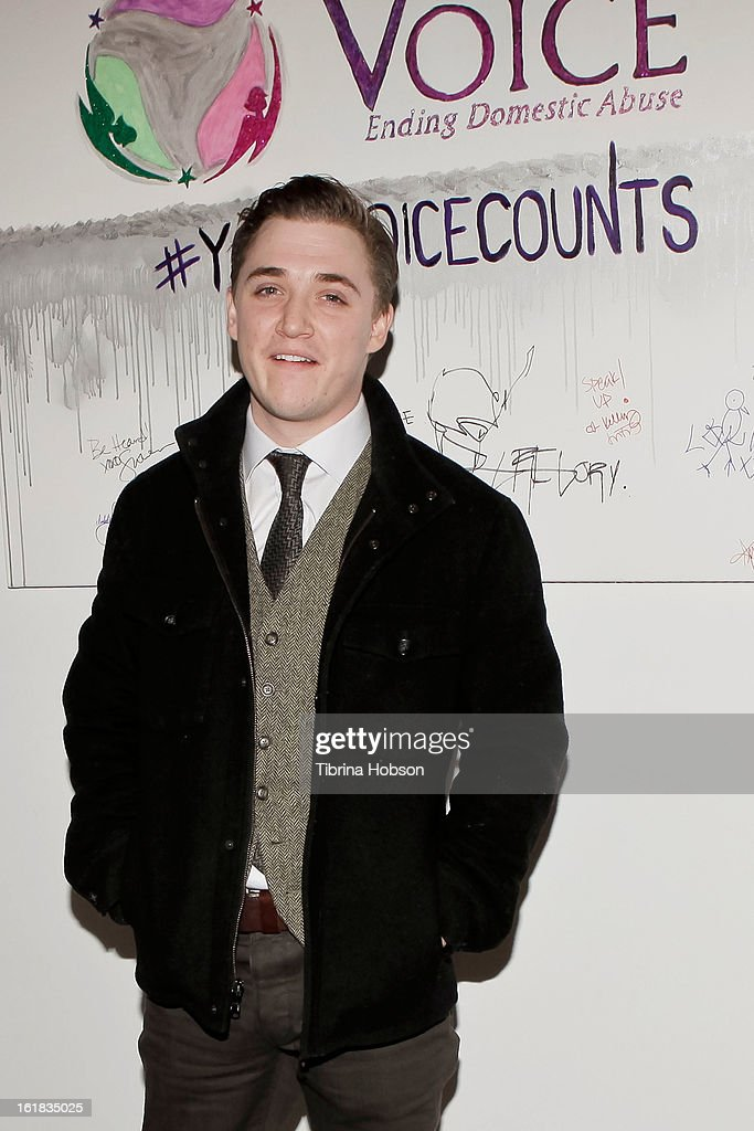 Kyle Gallner attends Linda's Voice joining with 'The Vagina Monologues' One Billion Rising Campaign at Voice's Unsilenced Live Art Auction at LAB ART on February 16, 2013 in Los Angeles, California.