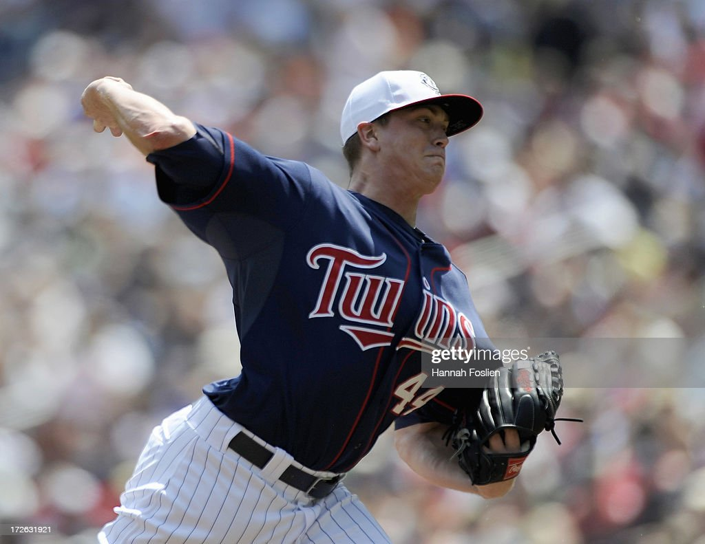 Kyle Gibson #44 of the Minnesota Twins delivers a pitch against the New York Yankees during the first inning of the game on July 4, 2013 at Target Field in Minneapolis, Minnesota.
