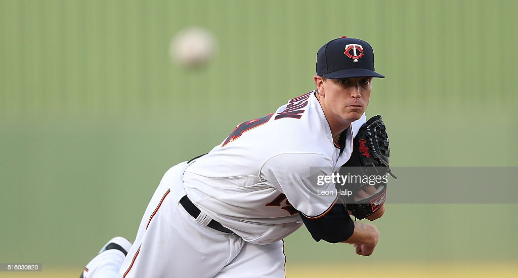 Kyle Gibson of the Minnesota Twins warms up prior to the start of the Spring Training Game against the Boston Red Sox on March 16 2016 at CenturyLink...