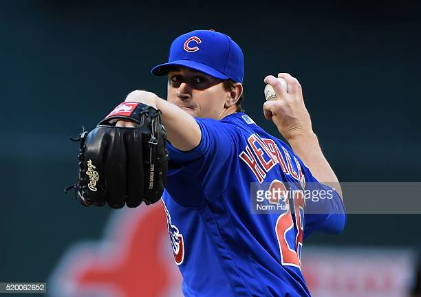 Kyle Hendricks of the Chicago Cubs delivers a warm up pitch prior to the first inning against the Arizona Diamondbacks at Chase Field on April 9 2016...
