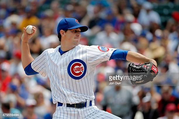 Kyle Hendricks of the Chicago Cubs pitches against the Miami Marlins during the first inning at Wrigley Field on July 5 2015 in Chicago Illinois